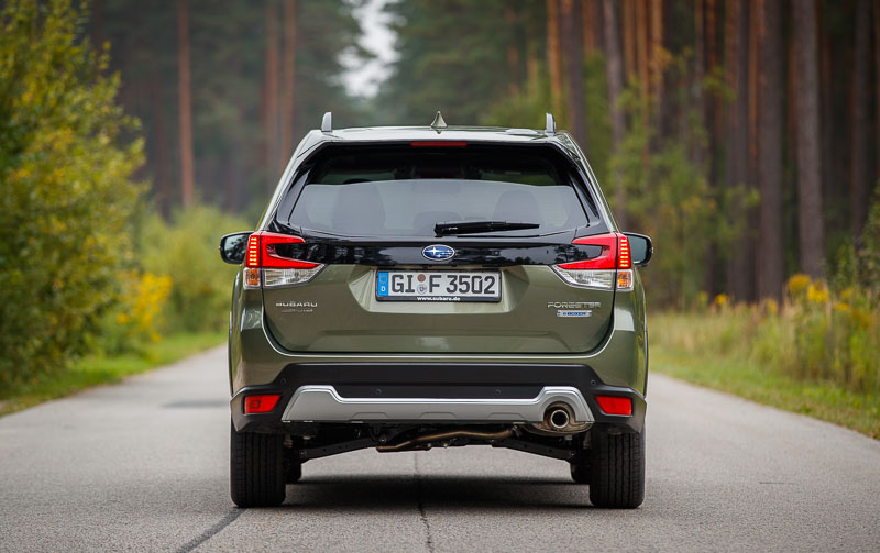 Forester e-BOXER_low-006-190404