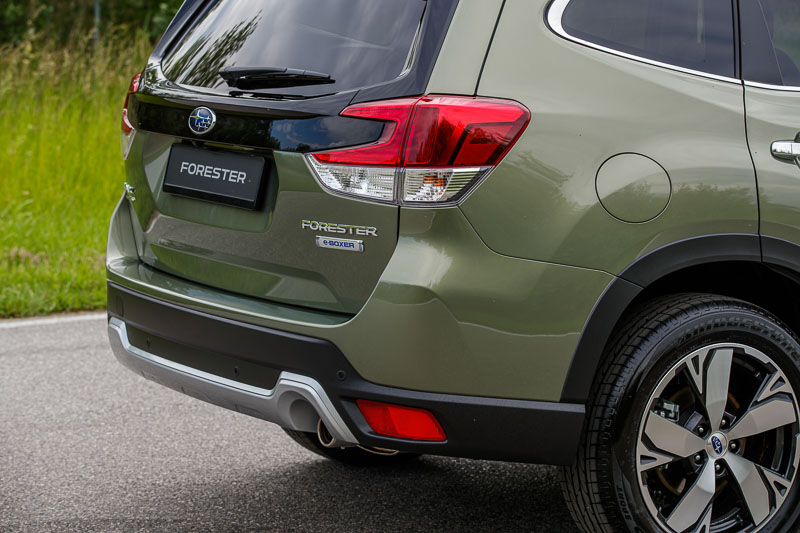 Forester e-BOXER_low-034-22815